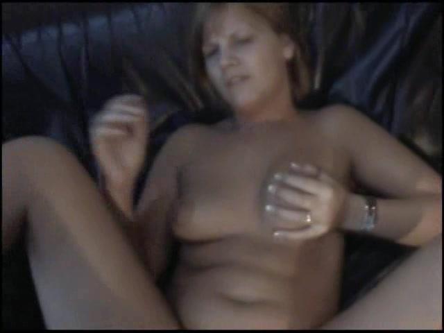 Ze kreund als de grote lul haar anal neukt
