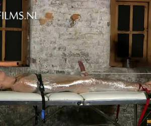 Kinky gay mummificatie